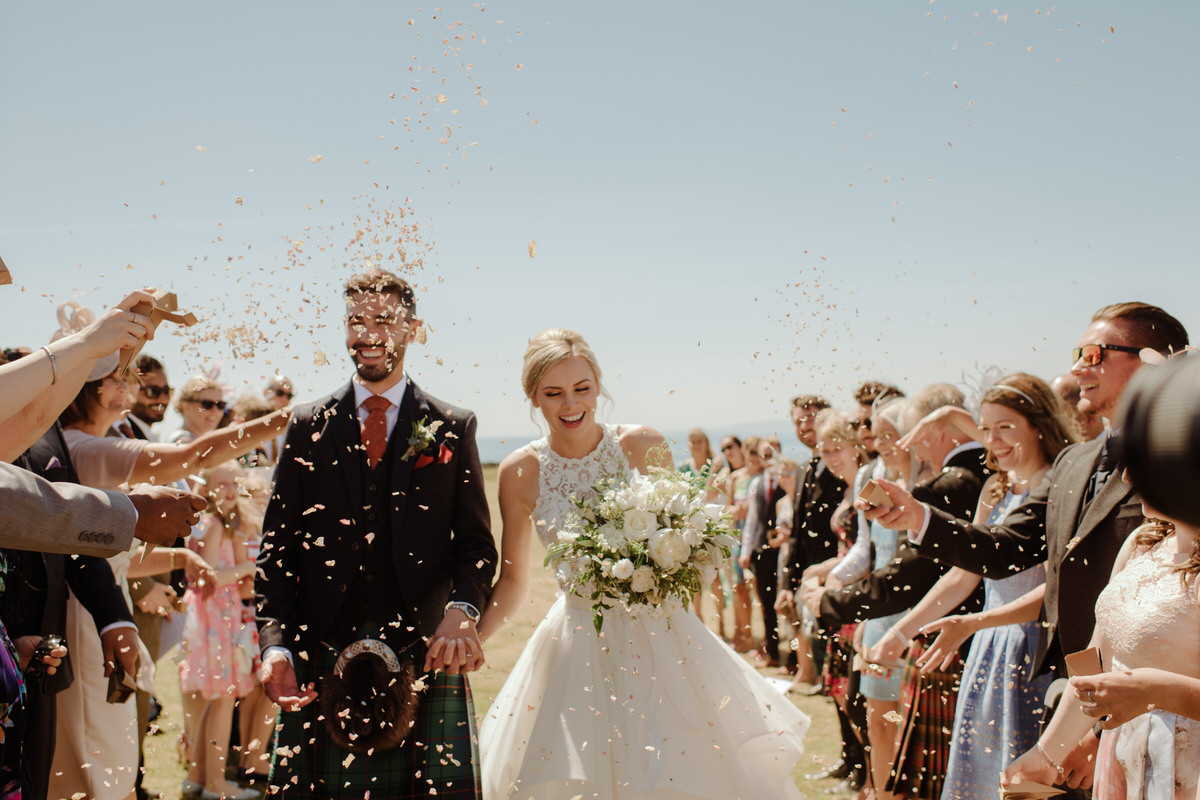 Confetti at a Crear Wedding