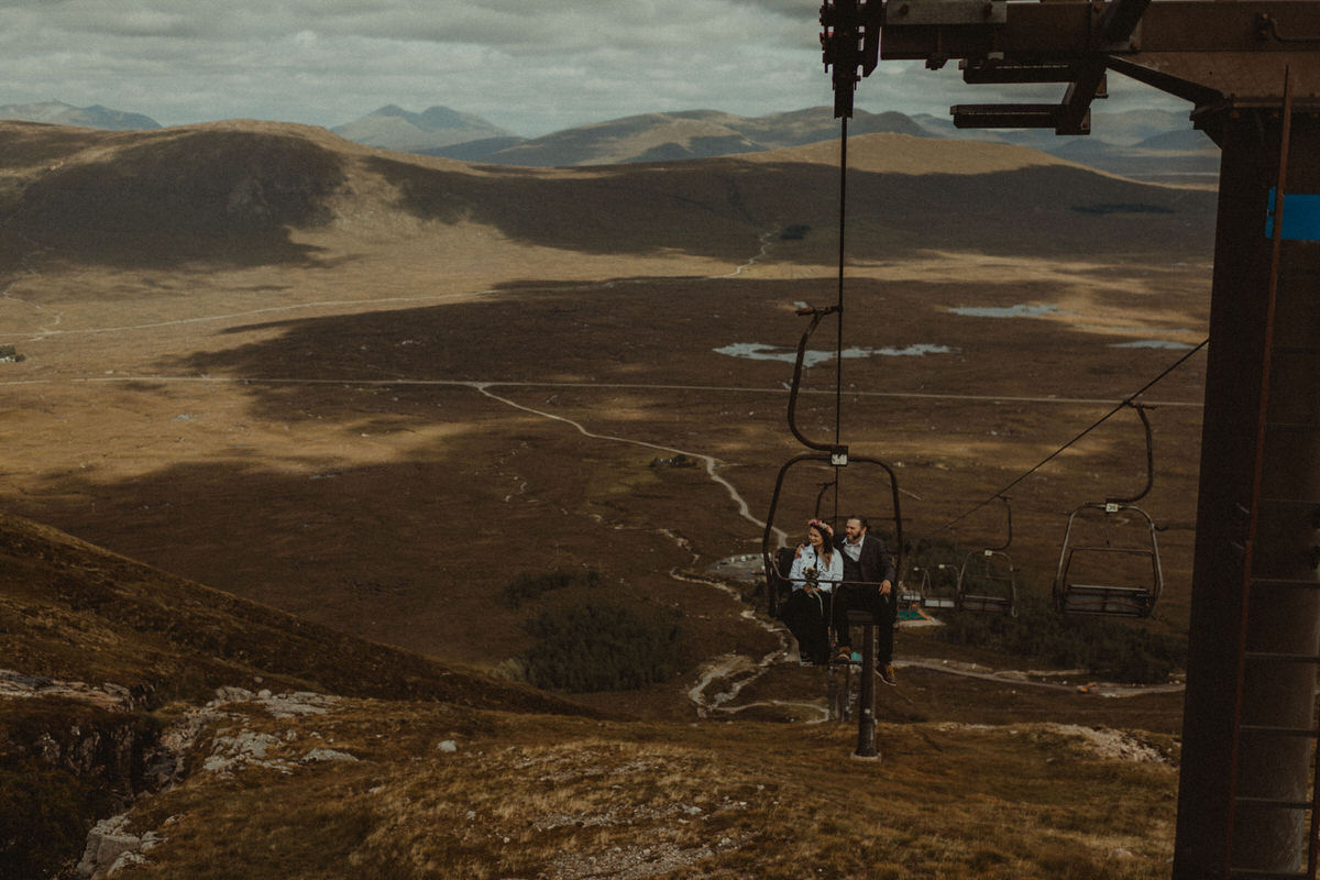 elopement couple get chair lift up glencoe mountain
