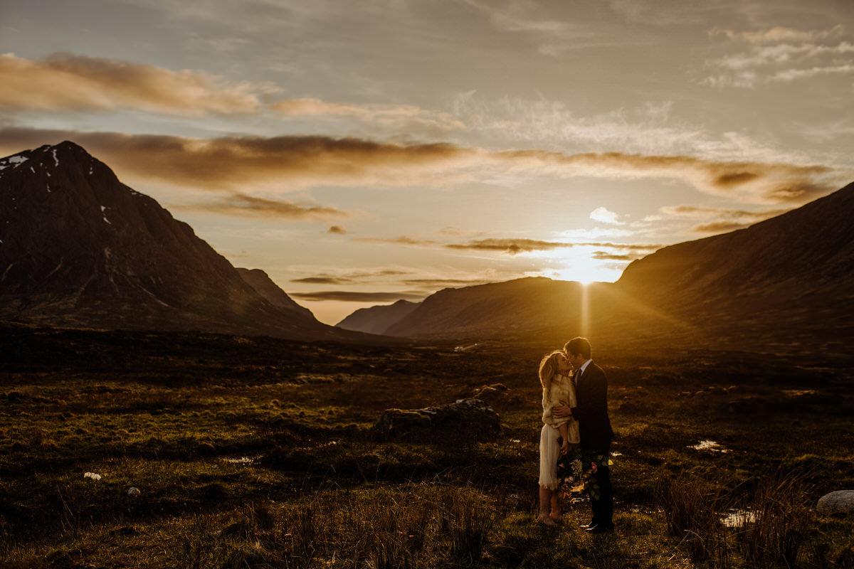 wedding couple enjoying a glencoe sunset