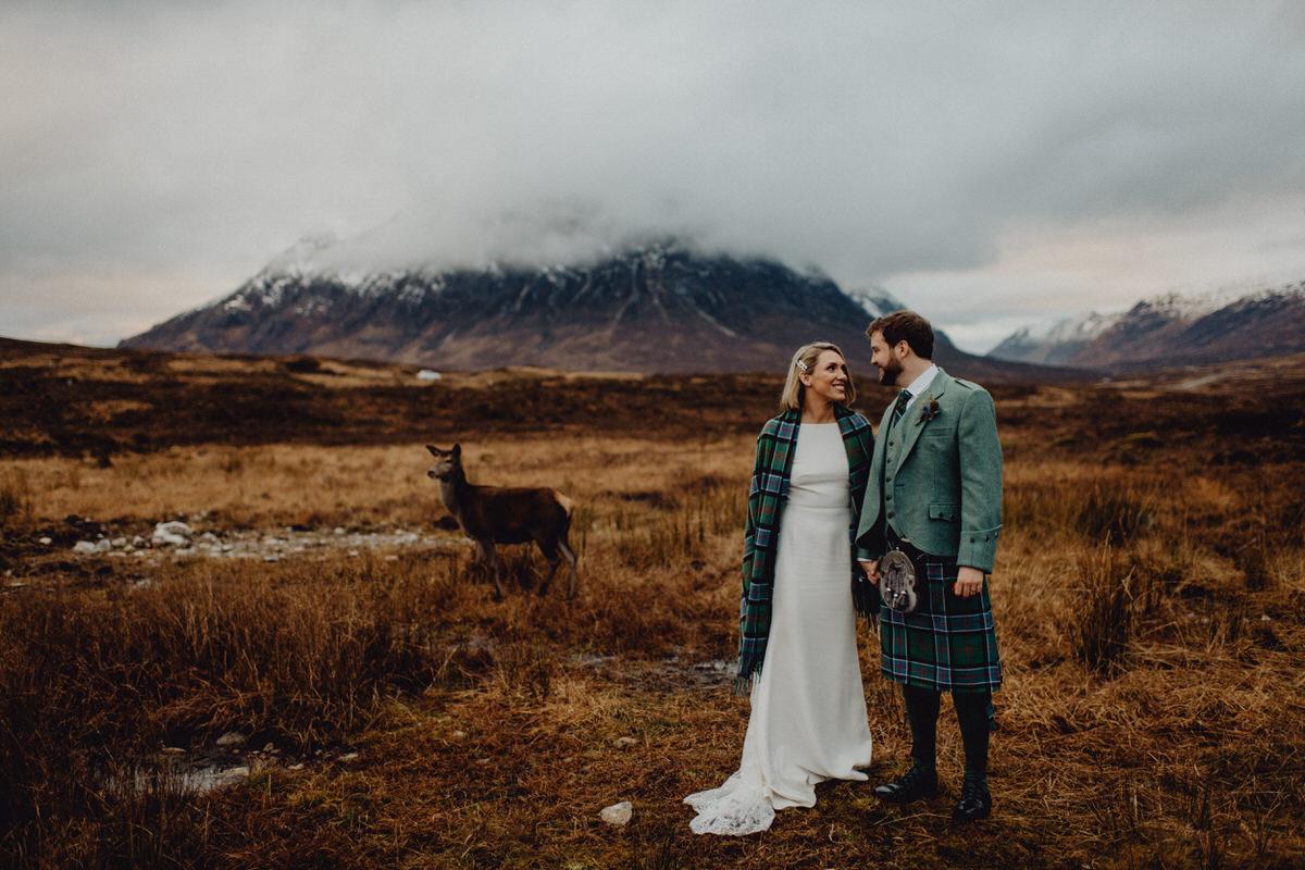 A wedding couple Kingshouse in Glencoe