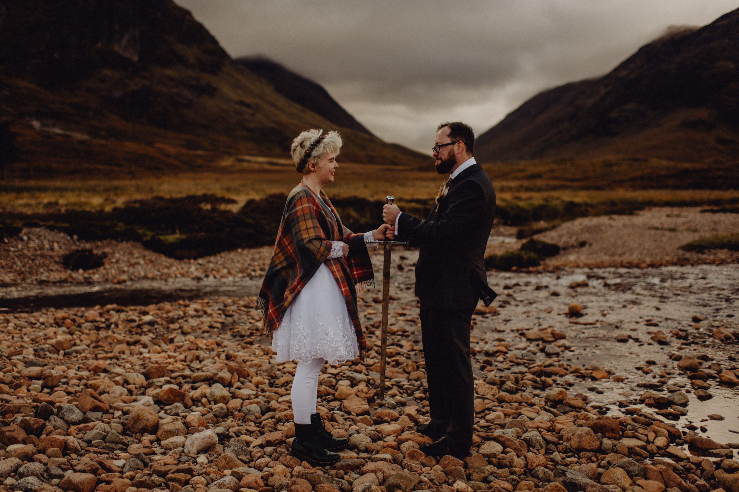 a wedding couple get married at Etive Mor in Glencoe